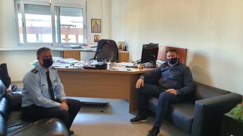 Συνάντηση Δημάρχου με το Διοικητή του Α.Τ. Χερσονήσου